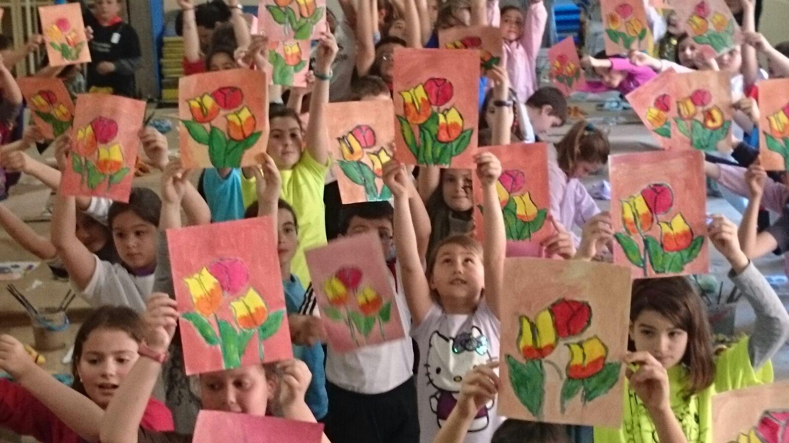 Primer Minicurso de pintura acrílica para niños en nuestro Taller de ...